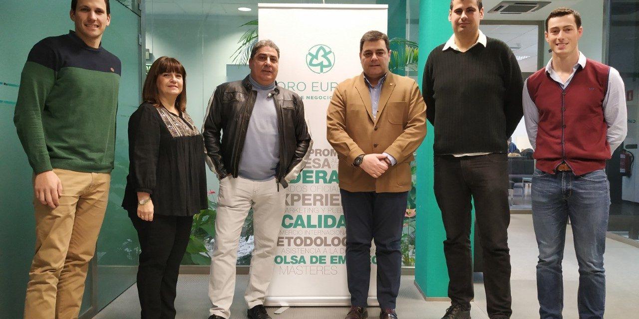 CD LARRAINA RENUEVA EL CONVENIO CON FORO EUROPEO